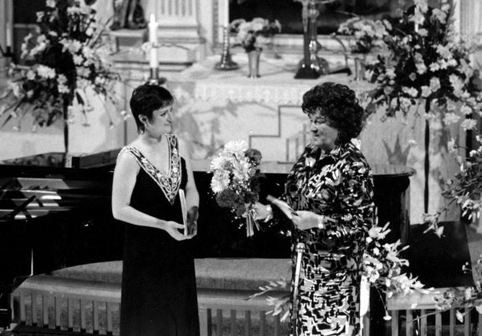 Birgit Nilsson. Konsert 1988. Birgit hyllar årets stipendiat, Gitta-Maria Sjöberg. BN88
